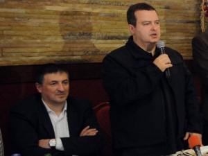 Savetnik Ivica Tončev u društvu premijera Ivice Dačića