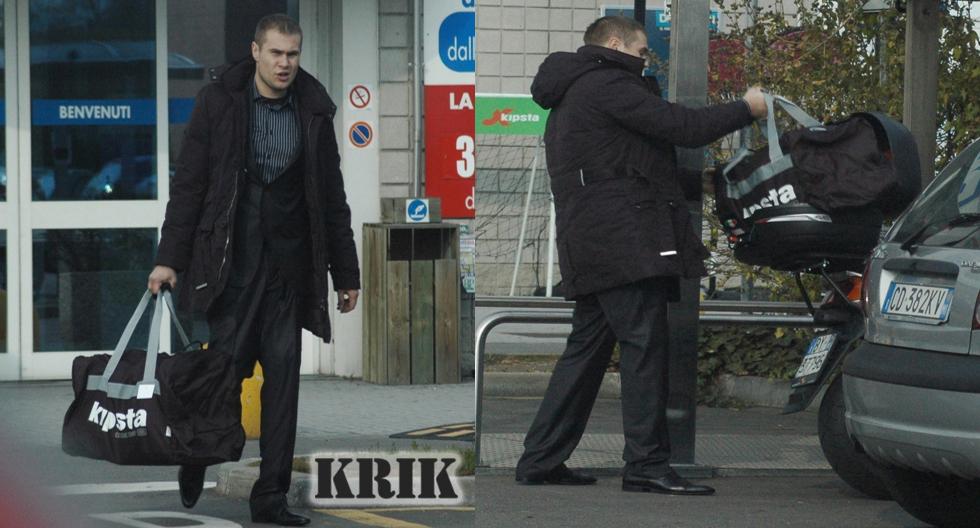 Marko Bublić, jedan od švercera droge u Milanu, prenosi torbe s kokainom