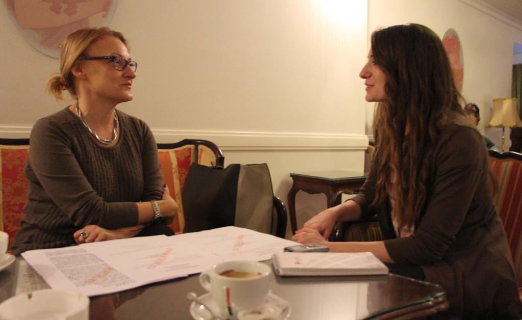 Miroslava Milenović u razgovoru sa novinarkom KRIK-a