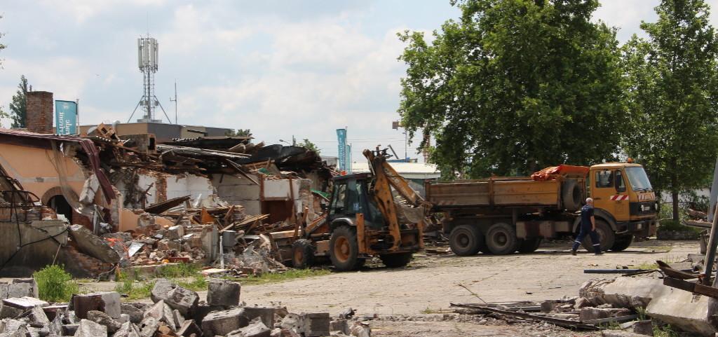 Čišćenje parcela u Savamali