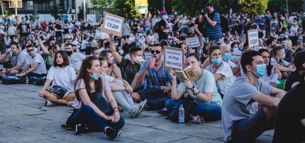 Protest-naslovna-foto-Miodrag-Cakic-KRIK